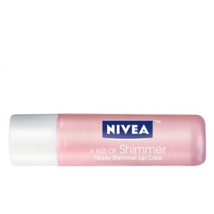 A Kiss of Shimmer Radiant Lip Care by Nivea