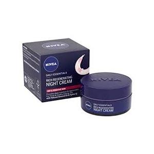 Daily Essentials Regenerating Night Face Cream by Nivea