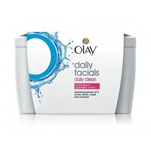 Daily Facials Daily Clean 4-in-1 Water Activated Cleansing Cloths by Olay