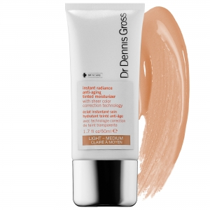 Instant Radiance Anti-Aging Tinted Moisturizer by Dr. Dennis Gross Skincare