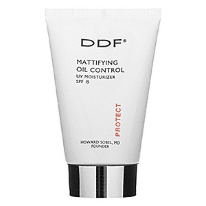 Mattifying Oil Control UV Moisturizer SPF 15 by Doctor's Dermatologic Formula (DDF)