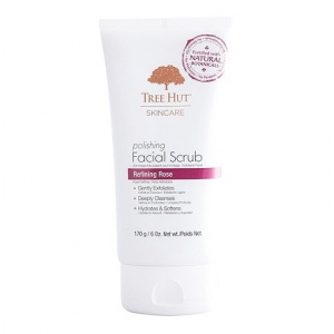 Polishing Facial Scrub by Tree Hut