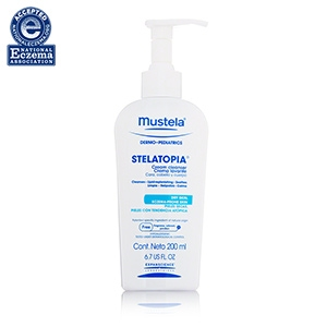 Stelatopia Cream Cleanser by Mustela