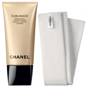 Sublimage Essential Comfort Cleanser by Chanel