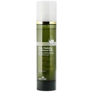 Ultra Vitalizing Snail Essence Water by DewyTree